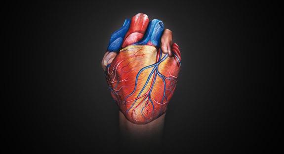 Hand-Paintings-heart